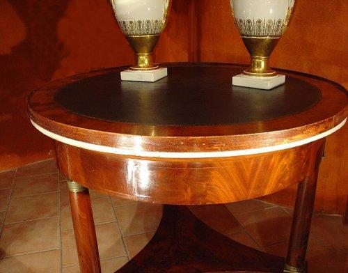 Antiquités - Empire 19th century center table