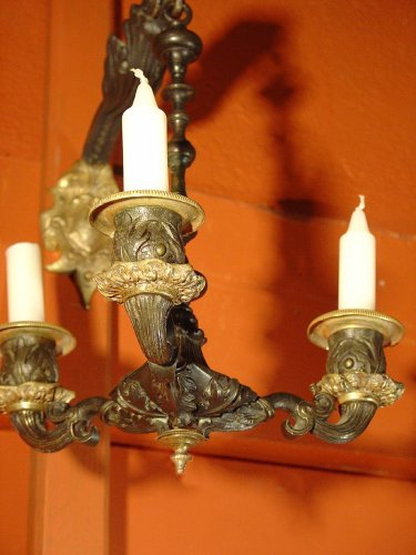 Lighting  - Pair of early 19th century bronze sconces