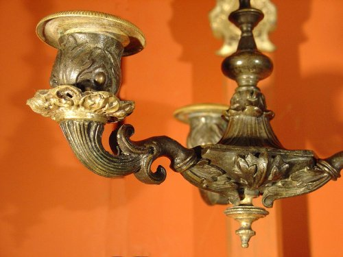 19th century - Pair of early 19th century bronze sconces