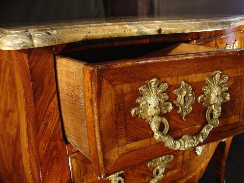 Antiquités - 18th C. French Louis XV Commode of A M Criaerd