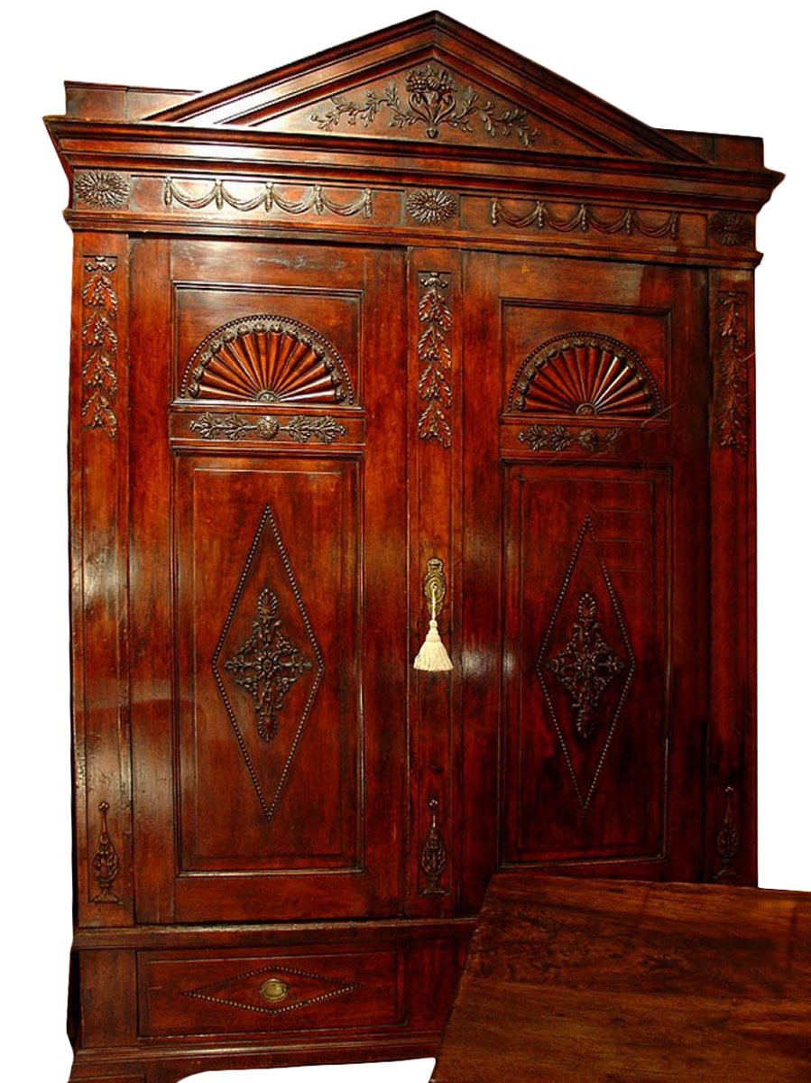 english 18th c armoire. Black Bedroom Furniture Sets. Home Design Ideas