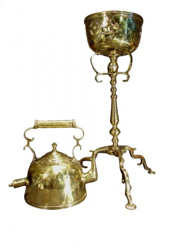 17th C. Bronze and brass Kettle