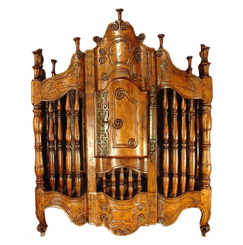 18th century French Panetiere from Provence