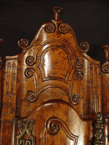 18th century - 18th century French Panetiere from Provence