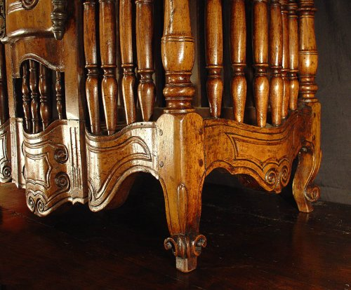 18th century French Panetiere from Provence - Louis XV