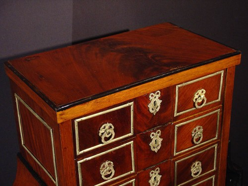 Small late 18th century  desk's cabinet  - Furniture Style Louis XVI