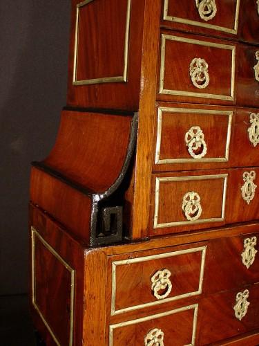 Louis XVI - Small late 18th century  desk's cabinet