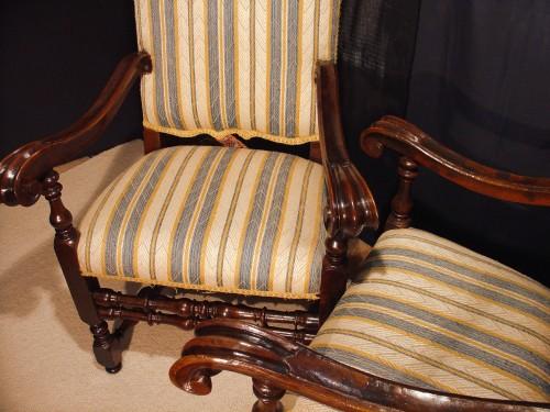 Antiquités - Pair of 17th century Italian Armchair