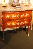 Commode d'époque Louis XV estampillée Charpentier