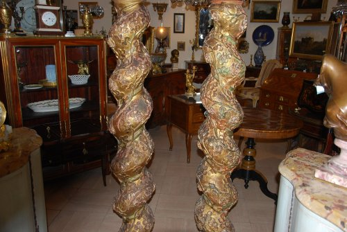 Antiquités - Pair of late 17th century wooden columns