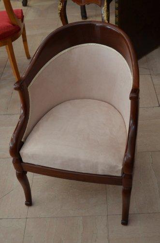 paire de fauteuils de forme gondole xixe si cle. Black Bedroom Furniture Sets. Home Design Ideas