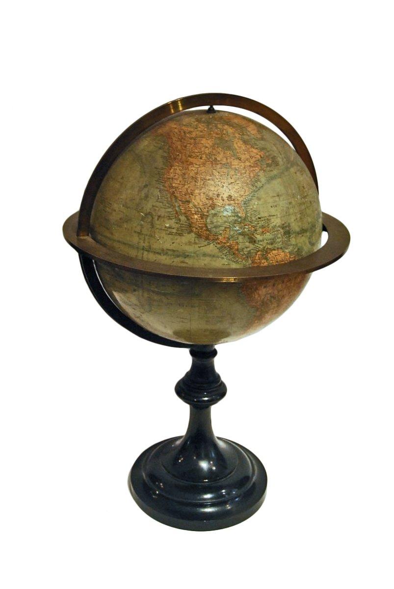 globe terrestre vers 1860 dit par andriveau goujon paris xixe si cle. Black Bedroom Furniture Sets. Home Design Ideas