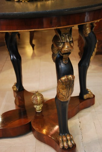 "Empire - Table guéridon dite ""à la Maréchal"" d'époque Empire"