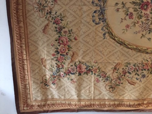 Tapis d'Aubusson circa 1920 - Antiquités Paul Azzopardi