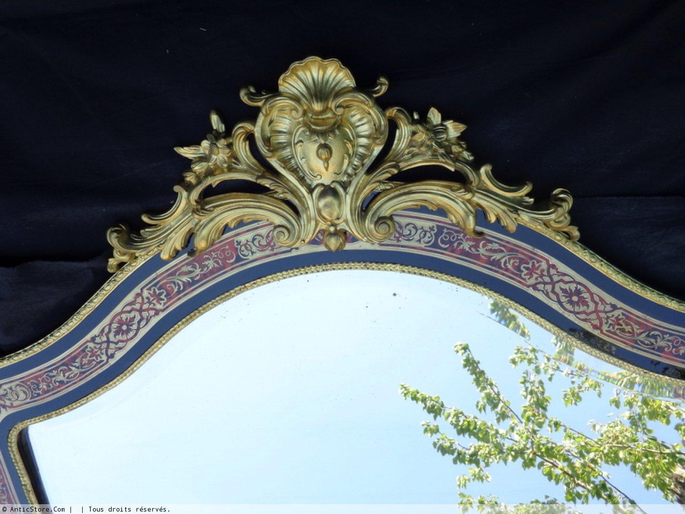 Paire de miroirs avec consoles murales d 39 une hauteur de 2 for Miroir 2 metre