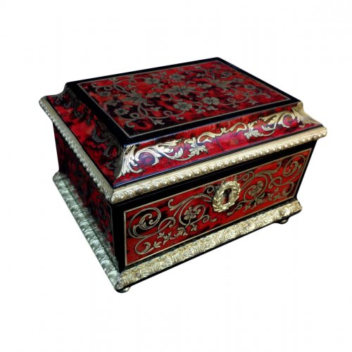 Jewelery box red tortoiseshell in Boulle marquetry 18th