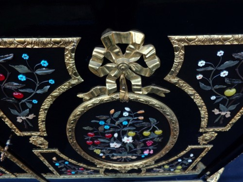 Antiquités - Cabinet with Pietra Dura Boulle style marquetry
