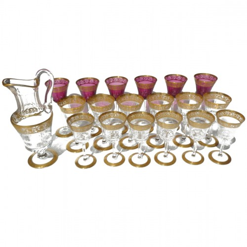 Glasses and decanter in crystal St - Louis Thistle gold