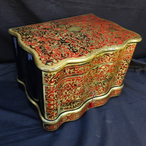 Tantalus Box in Boulle style marquetry 19th - Decorative Objects Style Napoléon III