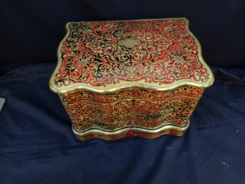 Decorative Objects  - Tantalus Box in Boulle style marquetry 19th