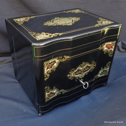 Decorative Objects  - Tantalus Box in Boulle style marquetry 19th  century