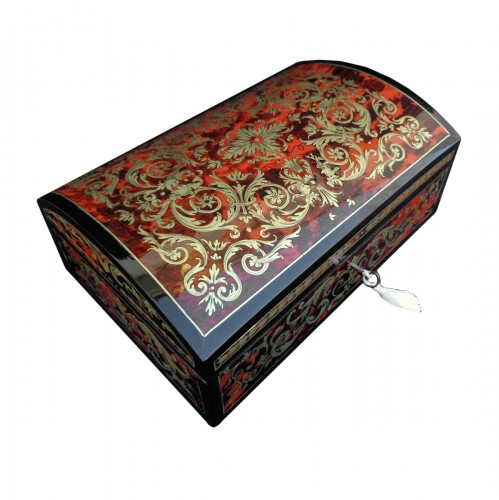 Jewelry box in Boulle style marquetry