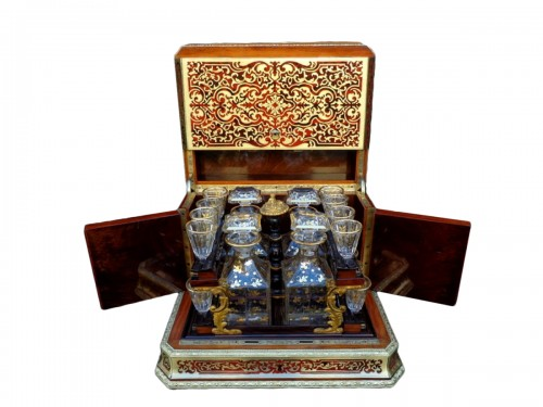 Tantalus Box in Boulle marquetry St Louis crystal