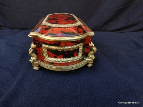 Decorative Objects  - Jewelry Box in Tortoise shell and bronze 19th