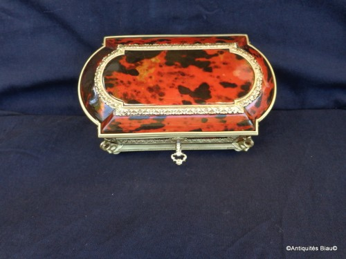 Napoléon III - Jewelry Box in Tortoise shell and bronze 19th