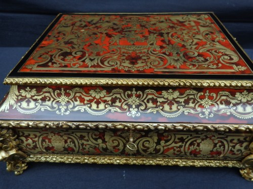 Jewelry Box in Boulle style marquetry signed Garnesson à Paris -