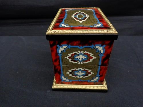 Decorative Objects  - Napoleon III scent box signed TAHAN