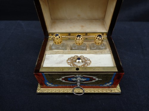 19th century - Napoleon III scent box signed TAHAN