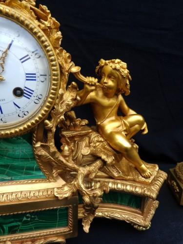 19th century - stamped Raingo Frères  Malachite Marquetry Clock and candelabra Napoléon II
