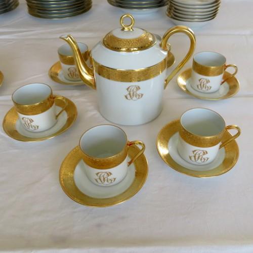 Set in Porcelaine of Limoges Thistle gold model by Chastagner -