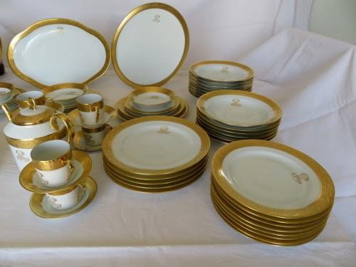 Antiquités -  Set in Porcelaine of Limoges Thistle gold model by Chastagner