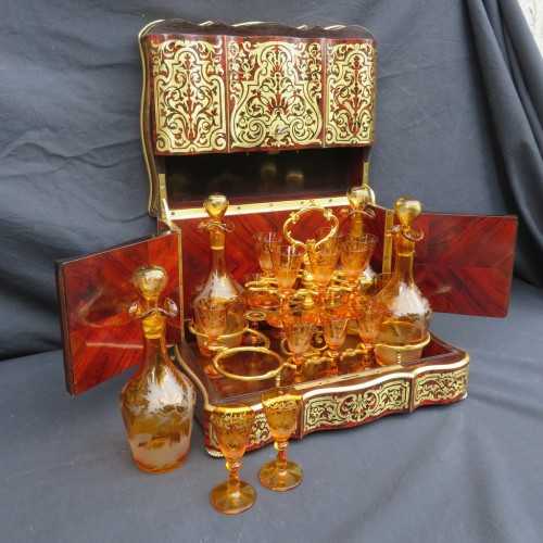 Tantalus Box in Boulle marquetry - Bohemia crystal Napoleon III period 19th - Decorative Objects Style Napoléon III