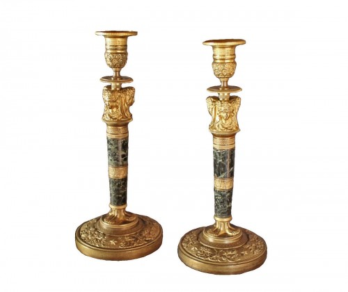 Pair of candlesticks with caryatids in bronze and marble