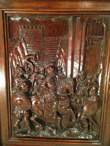 Renaissance - Early 17th century carved walnut cabinet, circa 1600