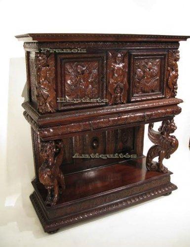 Dressoir aux lions poque henri ii vers 1570 xvie for Antiquaire lille meuble
