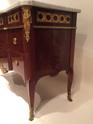 French fine commode stamped dautriche, paris circa 1765-1770 -