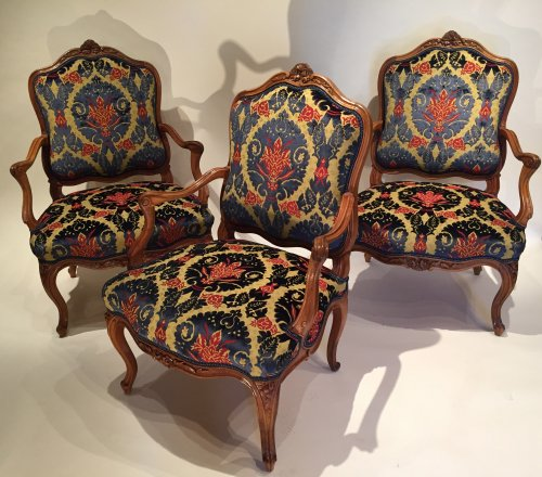 Three large french fine chairs, nogaret ,lyon circa 1750 - Seating Style Louis XV