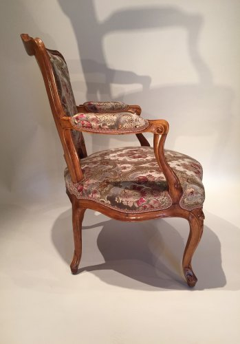 Pair of large armchairs stamped lefèvre, paris louis xv périod -