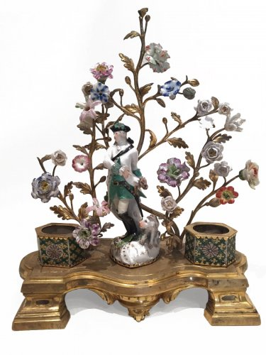 Inkwell in bronze, porcelain and glazed biscuit saxony, louis xv périod