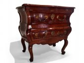 Small french commode, Bordeaux circa 1730