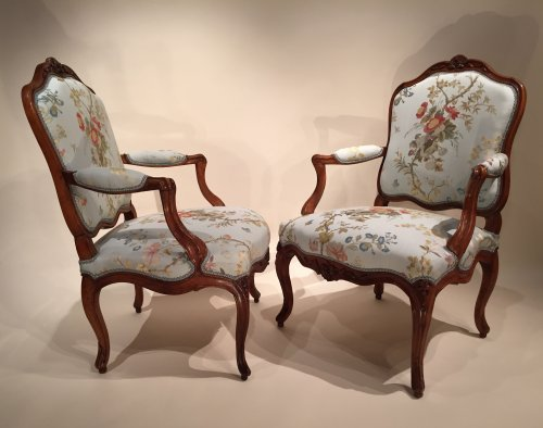 Pair of French Walnut Armchairs , Lyon Louis XV Period By Pierre Nogaret - Louis XV