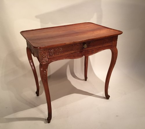 French Fine Régence Table, Bordeaux Circa 1720
