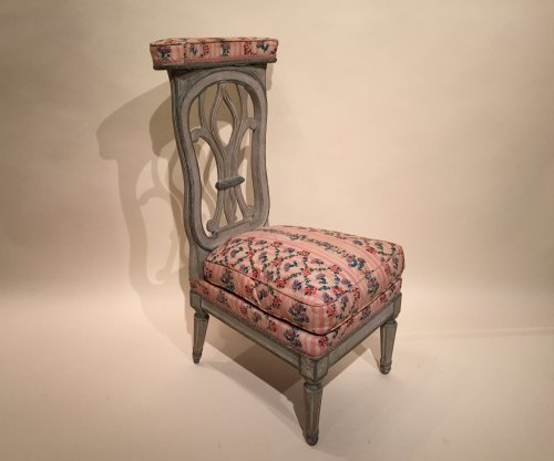 French fine voyeuse Chair , Jacob Model, Paris Louis XVI period circa 1790