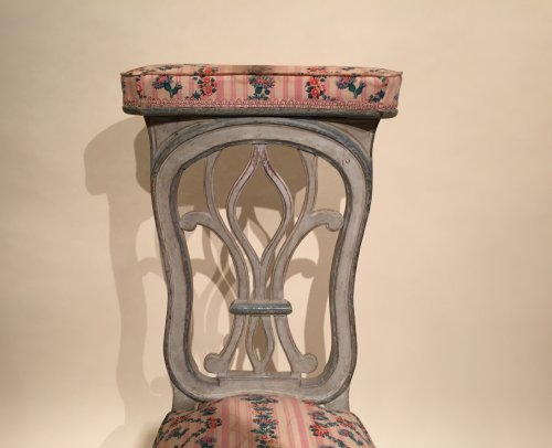 French fine voyeuse Chair , Jacob Model, Paris Louis XVI period circa 1790 - Seating Style Louis XVI
