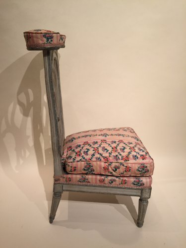 Louis XVI - French fine voyeuse Chair , Jacob Model, Paris Louis XVI period circa 1790