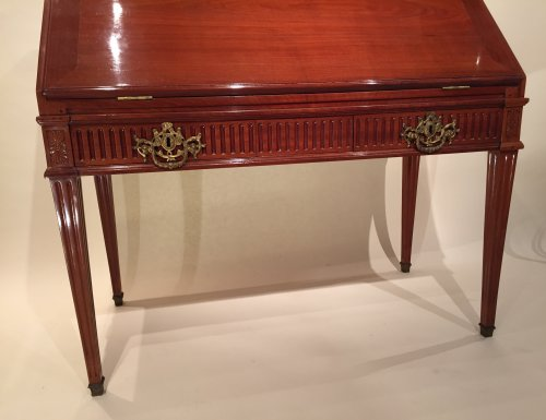 Furniture  - French Desk in solid mahogany, Bordeaux Louis XVI
